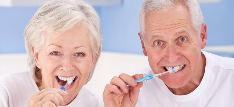 Terza età e salute orale: problemi e rischi
