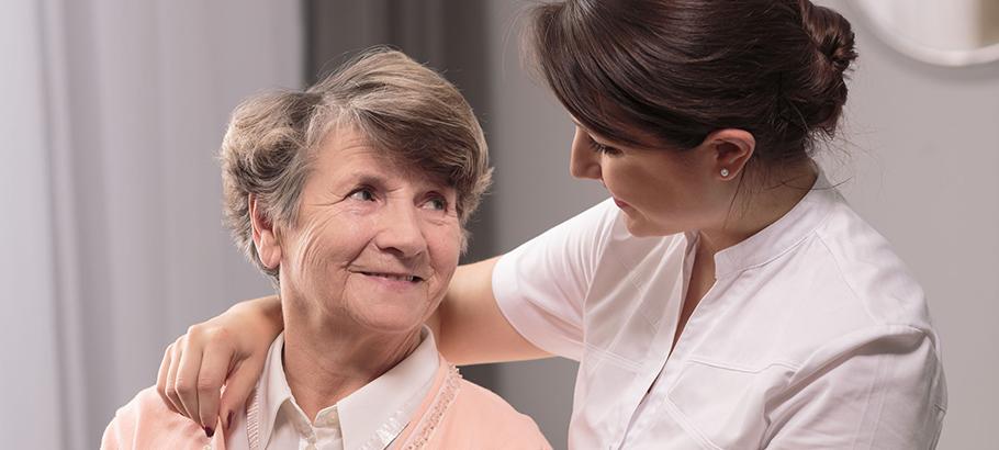 Alzheimer e disturbi cognitivi: quanto conta la salute dentale?