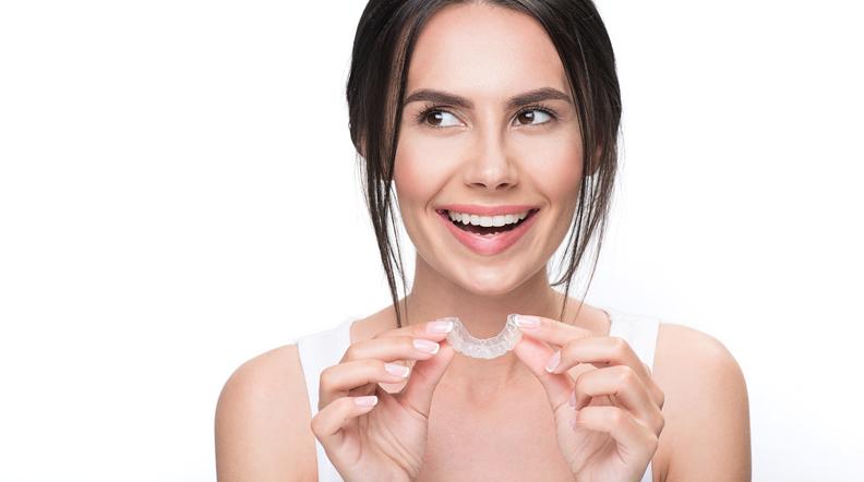 Bite dentale: curare i denti e non solo